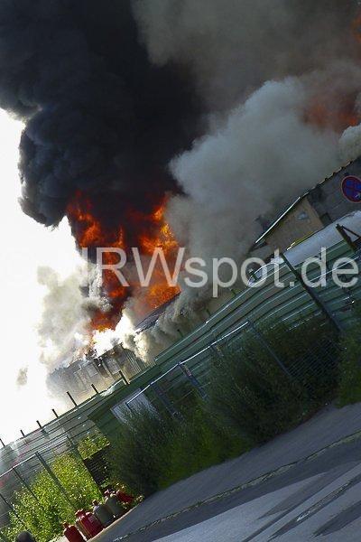0012-feuer-hagen-haspe-07-07-2012-an-der-kohlenbahn