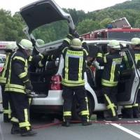 04-vu-frontal-5-schwerverletzte-meinerzhagen