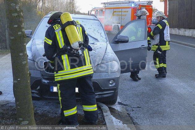 0003-pkw-brand-sporbecker-weg-26032013