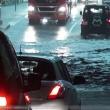 0005-unwetter-hagen-ueberschwemmung-baum-auf-auto